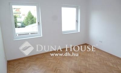 Kiadó Lakás, Bács-Kiskun megye, Kecskemét, Belváros, Fecske utca 1.emeleti lakás