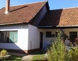 Eladó ház, Jászberény, Szentkuti tér környékén