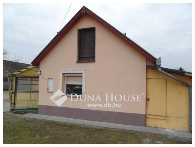 Eladó jó állapotú ház