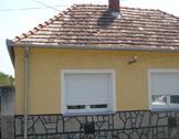 Eladó ház, Keszthely, Csendes nyugodt,zöldövezeti