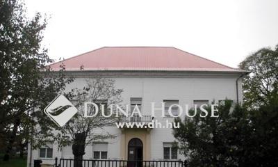 Eladó Ház, Komárom-Esztergom megye, Esztergom, Kertvárosi