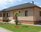 Eladó ház, Kecskemét, Granada Hotel közelében minőségi családi otthon.