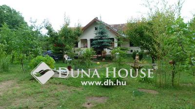 Eladó Ház, Bács-Kiskun megye, Kecskemét, Lajosmizse szélén, erdős környezetben