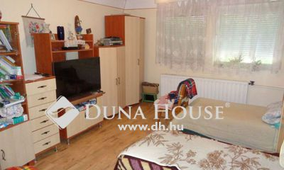 Eladó Ház, Jász-Nagykun-Szolnok megye, Jászberény, Gyöngyösi út környékén 2 szobás ház kis telekkel