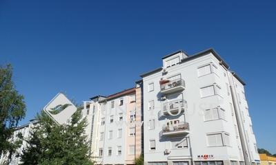 Eladó Lakás, Bács-Kiskun megye, Kecskemét, 1,5 szobás fiatal építésű lakás