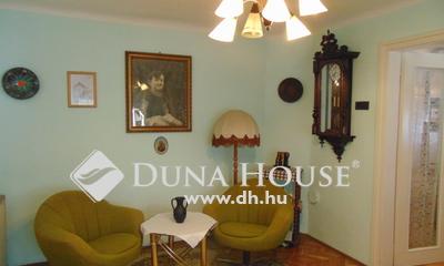 Eladó Ház, Komárom-Esztergom megye, Esztergom, Vasvári Pál utca