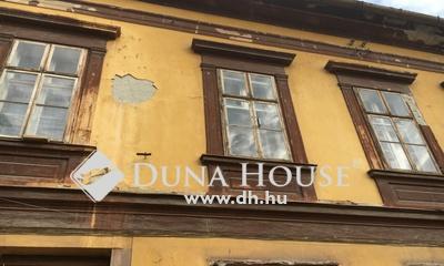 Eladó Ház, Győr-Moson-Sopron megye, Győr, Társasházas környezet