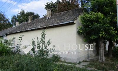 Eladó Ház, Bács-Kiskun megye, Kecskemét, Műkert sétány szomszédságában