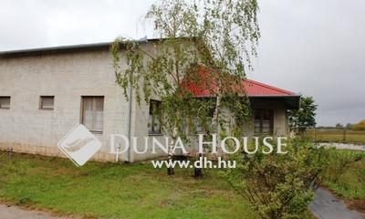 Eladó Ipari ingatlan, Pest megye, Táborfalva, Táborfalva ipariterület 3.5 Ha telek,1000nm épület