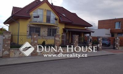 Prodej domu, V Cestičkách, Praha 8 Březiněves