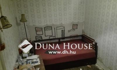 Eladó Ház, Jász-Nagykun-Szolnok megye, Jászberény, Jászberény, Főútvonalról nyíló utca