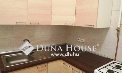 Eladó Lakás, Budapest, 15 kerület, Azonnal költözhető felújított ablakos konyhás
