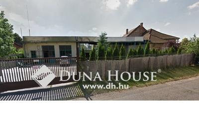 Eladó Ház, Budapest, 15 kerület, Pestújhely, 2 ház+műhely, nagy telken