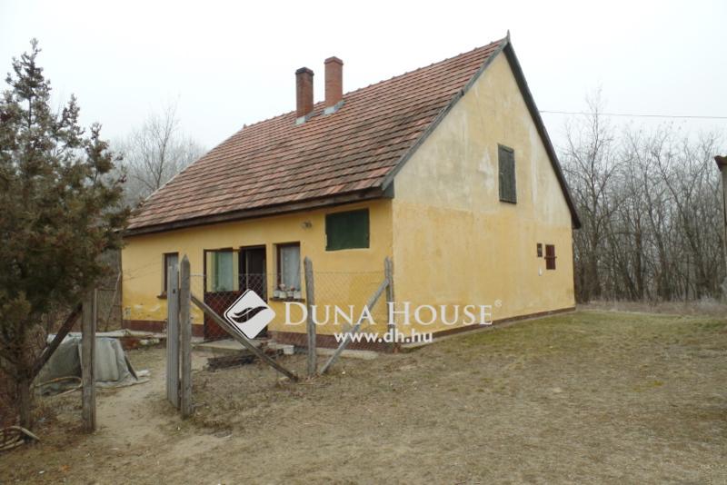 Eladó családi ház Bács-Kiskun Kecskemét