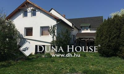 Eladó Ház, Pest megye, Budaörs, Központjában !