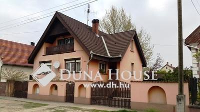 Eladó Ház, Bács-Kiskun megye, Kecskemét, Hunyadi utca