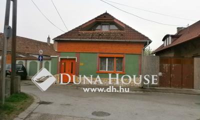 Eladó Ház, Komárom-Esztergom megye, Esztergom, Rozália utca
