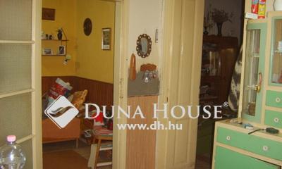 Eladó Ház, Jász-Nagykun-Szolnok megye, Jászapáti, Buszmegálló közelében