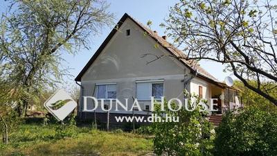 Eladó Ház, Bács-Kiskun megye, Kecskemét, Vörösmarty utca