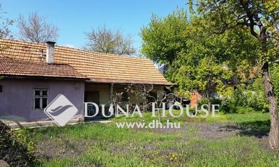 Eladó Ház, Jász-Nagykun-Szolnok megye, Jászberény, városközponthoz közel, barátok temploma környékén!