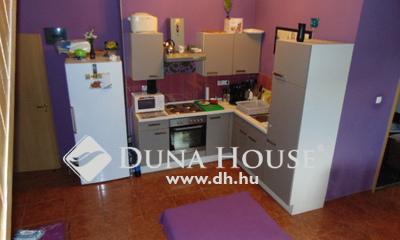 Eladó Ház, Baranya megye, Pécs, Szövetkezet utca