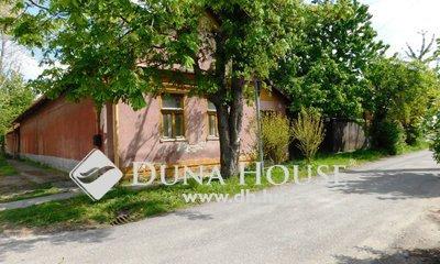 Eladó Ház, Jász-Nagykun-Szolnok megye, Jászberény, Belvárostól 1 percre, frekventált helyen