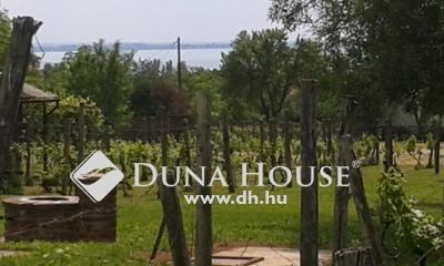 Eladó Ház, Veszprém megye, Révfülöp, Panorámás, zártkerti övezetben