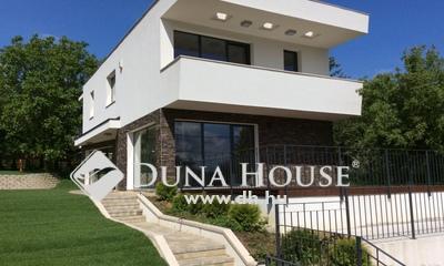 Eladó Ház, Budapest, 2 kerület, Csendes, panorámás minimál stílusú ház