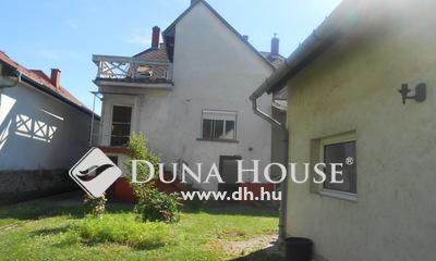 Eladó Ház, Zala megye, Keszthely, Balaton - part, városi strandtól pár méterre