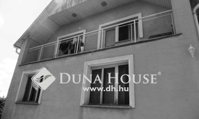 Eladó Ház, Pest megye, Érd, Szovátai út közelében akár 3 generációnak is