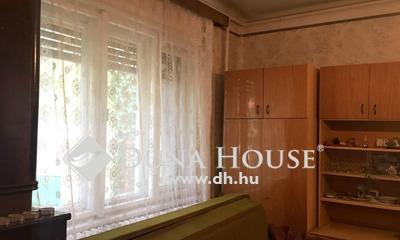 Eladó Ház, Pest megye, Gyál, Csendes,nyugodt környék,jó közlekedéssel.