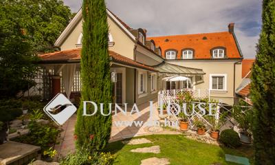 Eladó Ház, Baranya megye, Pécs, Székesegyház felett