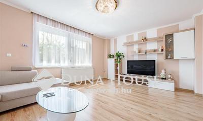 Eladó Ház, Budapest, 17 kerület, Rákoskerten 2015-ben felújított