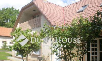 Eladó Ház, Szabolcs-Szatmár-Bereg megye, Nyíregyháza, Belváros csendes utcájában