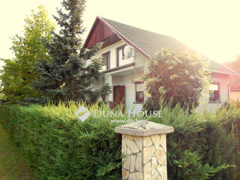 Eladó Ház, Pest megye, Cegléd