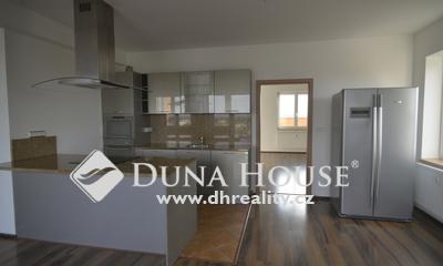 For sale flat, V Koutě, Praha 4 Libuš