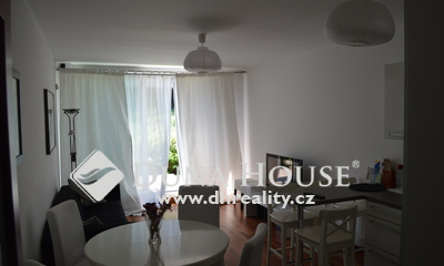 For sale flat, Italská, Praha 2 Vinohrady