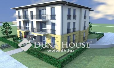 Fészek lakópark, 2x8 lakásos társasház