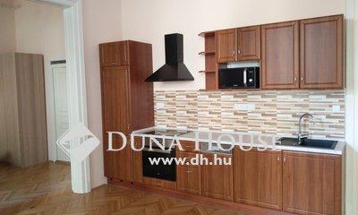 Kiadó Lakás, Budapest, 8 kerület, Központban KIADÓ cirkós, dupla komfortos 3 szobás