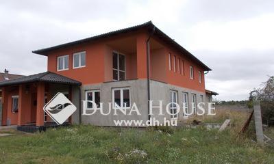 Eladó Ház, Komárom-Esztergom megye, Oroszlány