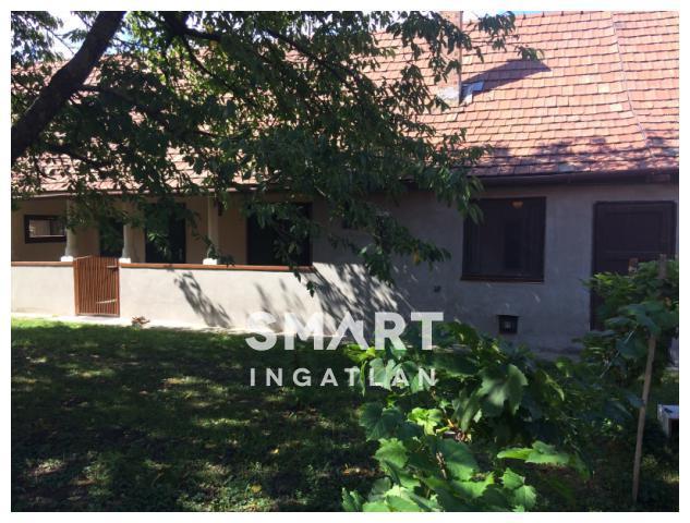 Eladó Ház, Pest megye, Kisoroszi, Városháza mellett