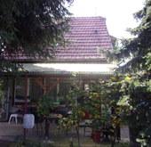 Eladó ház, Kiskunfélegyháza, 3.kiskert dúlő