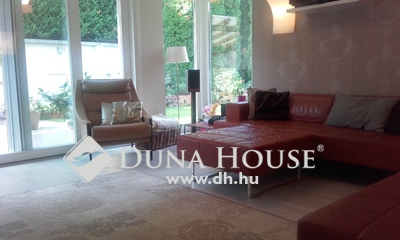 Eladó Ház, Pest megye, Szentendre, 88 lépésre a Bükkös-pataktól