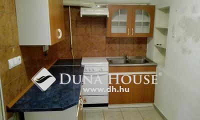 Eladó Lakás, Tolna megye, Dombóvár, Város szélén