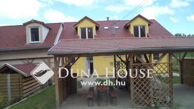 Eladó Ház, Budapest, 22 kerület, Dunapart közelében