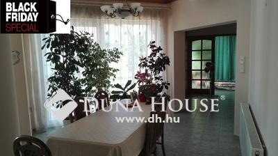 Eladó Ház, Jász-Nagykun-Szolnok megye, Jászberény, Közel a város központhoz.