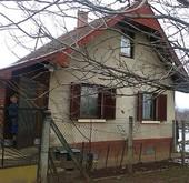 Eladó ház, Vác
