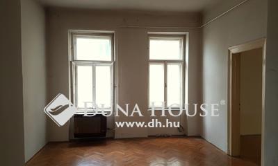 Eladó Lakás, Budapest, 7 kerület, 2 bejáratos, felújítandó lakás a Hernád utcában!