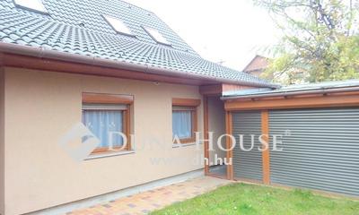 Eladó Ház, Pest megye, Nagykőrös, 2013-ban teljesen felújított 5 szobás családi ház