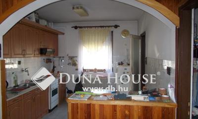 Eladó Ház, Győr-Moson-Sopron megye, Győr, 2 szoba nappalis garázzsal